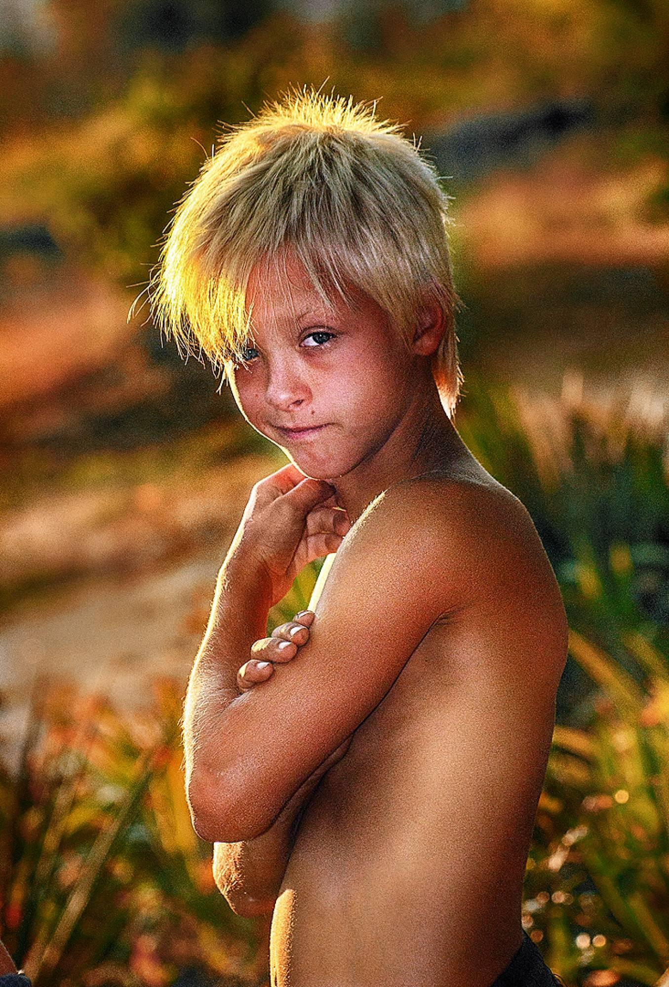 Мальчик Нудист 13